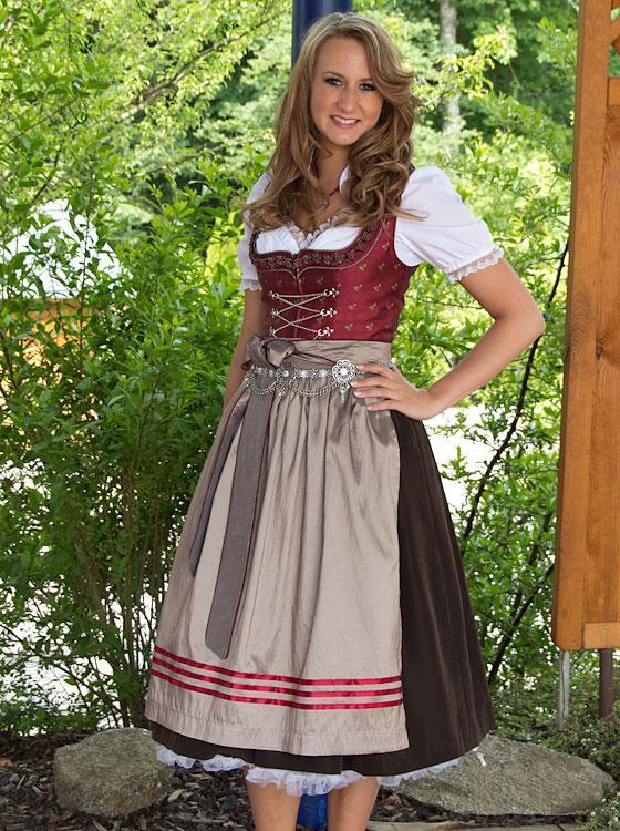 Sarina nowak curvy german model - 1 part 6